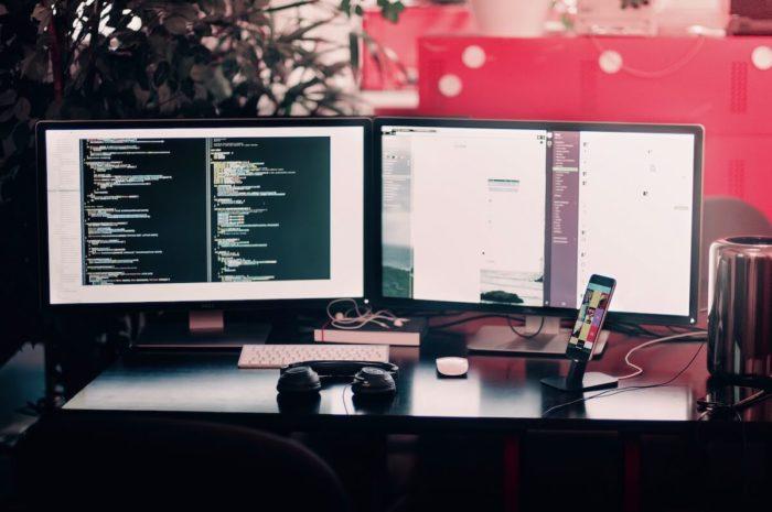 рабочее место веб-разработчиков